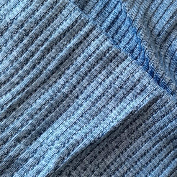 Muestra de tejido azul